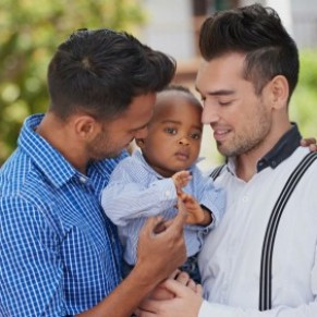 L'adoption, une voie souvent sans issue pour les couples homosexuels