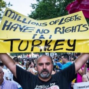 Pour Amnesty, les défenseurs des droits LGBT sont poussés vers la clandestinité - Turquie