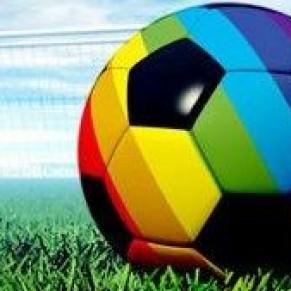 Les avertissements et les appels à la prudence se multiplient envers les supportes LGBT - Mondial de foot / Russie