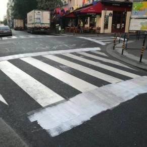 Les passages piétons arc-en-ciel du Marais vandalisés par des homophobes