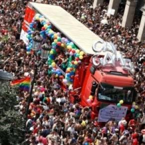 Une Marche des fiertés festive et de combat - Paris