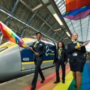 L'Eurostar et le métro de Londres aux couleurs arc-en-ciel