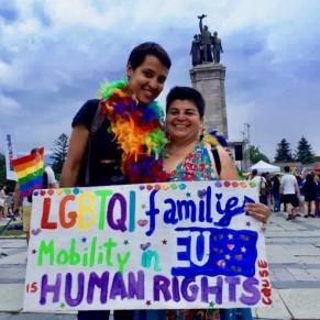 Un tribunal de Sofia reconnaît le droit de résidence d'un couple bi-national marié en France  - Bulgarie