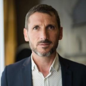 Le député LREM Matthieu Orphelin fait son coming out  - Politique