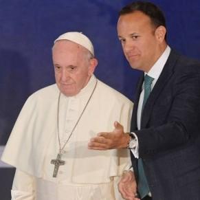 Le Premier ministre assume les changements sociétaux de son pays face au pape