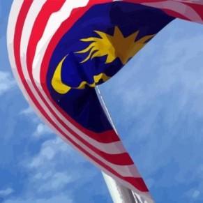 Deux femmes condamnées pour homosexualité reçoivent des coups de bâton - Malaisie