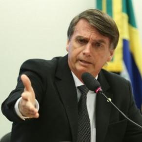 Le candidat homophobe poignardé pendant sa campagne - Brésil / Présidentielle