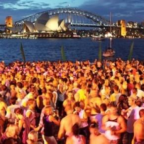 Sydney flamboie pour le Mardi Gras homosexuel - Australie