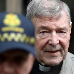 Le cardinal homophobe George Pell condamné à six ans de prison pour pédophilie