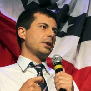 Le candidat gay à la Maison Blanche Buttigieg lève 7 millions de dollars en un trimestre