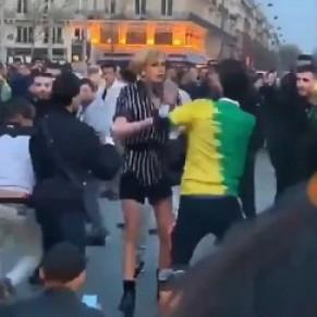 Une enquête ouverte après l'agression transphobe filmée Place de la République  - Paris
