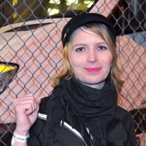 La justice refuse de libérer Chelsea Manning parce qu'elle refuse de témoigner contre Julian Assange - Etats-Unis