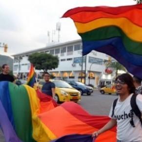 La Cour constitutionnelle approuve le mariage homosexuel  - Equateur