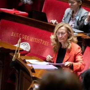 La filiation des enfants nés par GPA à l'étranger votée à l'Assemblée contre l'avis du gouvernement