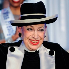 Geneviève de Fontenay juge contre-nature la présence d'une transgenre à Miss France - Transphobie