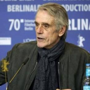 Lancement de la 70e Berlinale rattrapée par une polémique sur des propos de Jeremy Ironsde   - Cinéma