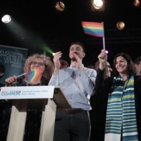 Un meeting des soutiens LGBT d'Anne Hidalgo perturbé par des militants anti-PMA - Municipales à Paris