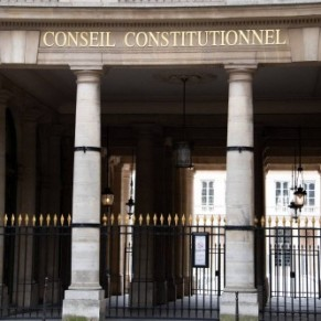Le Conseil constitutionnel censure le coeur de la loi Avia  - Lutte contre la haine en ligne