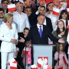 Le président homophobe Duda réélu de justesse, soupçons de fraude - Pologne