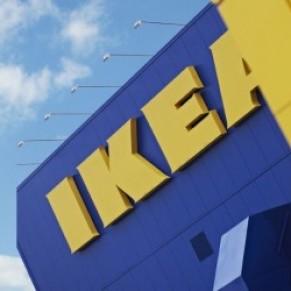 Le gouvernement ultra-conservateur poursuit Ikea pour avoir licencié un employé homophobe  - Pologne