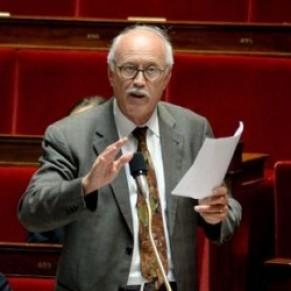Jean-Louis Touraine, le député-médecin pro-PMA, pro-GPA <I>en marche</I> rapide - Portrait