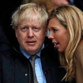 Boris Johnson aurait abandonné la réforme sur le genre sur les conseils de sa compagne  - Grande-Bretagne