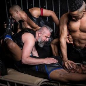 La police interrompt deux sex parties en raison du non-respect des règles sanitaires - Gay Pride de Hambourg