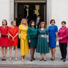 Des députés aux couleurs LGBT pour protester contre la politique homophobe du président réélu