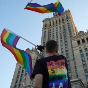 L'Onusida s'inquiète de la situation des personnes LGBT en Pologne - International