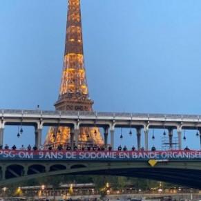 Des banderoles homophobes déployées à Paris par des supporters du PSG  - Match PSG-OM