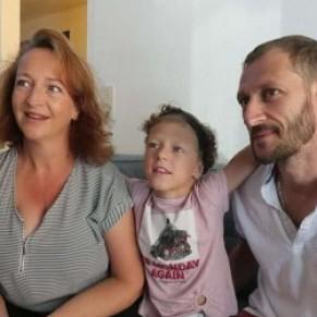 Une fillette transgrenre obtient le droit de changer de prénom à l'école  - Genre