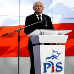 Jaroslaw Kaczynski, le patron de la majorité ultra-conservatrice et homophobe, de retour au gouvernement  - Pologne