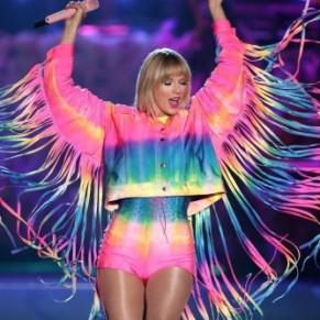 La chanteuse gay-friendly Taylor Swift soutient Joe Biden pour commencer à guérir l'Amérique - Etats-Unis / Présidentielle