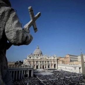 Le procès de deux prêtres italiens a débuté - Viols au Vatican
