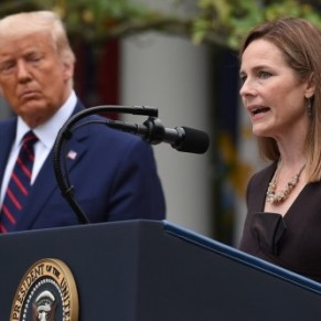 L'avocate archi-catholique Amy Coney Barrett entre à la Cour suprême  - Etats-Unis