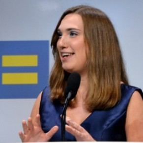 La démocrate Sarah McBride devient la première sénatrice transgenre de l'histoire américaine