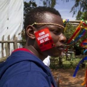 Les dossiers d'Ougandais bénéficiant de l'asile réexaminés après la découverte d'une filière de faux LGBT  - Pays-Bas