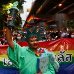 La communauté LGBTQ dans la rue pour plus d'égalité et de démocratie - Thaïlande