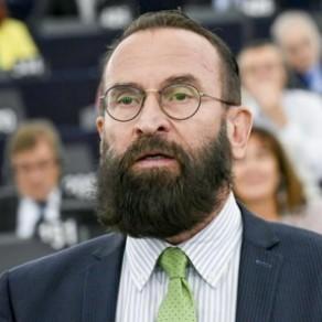 Un eurodéputé hongrois pro-Orban interpellé dans une partouze gay à Bruxelles