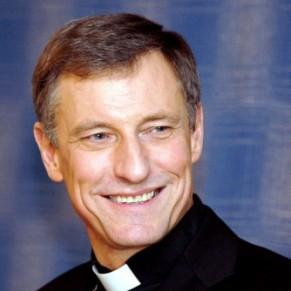 L'archevêque de Lettonie demande de créer un cadre légal pour les couples homosexuels - Pays baltes