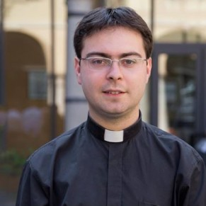 Un prêtre soupçonné de viols sur un adolescent appelé à indemniser sa victime présumée - Vatican