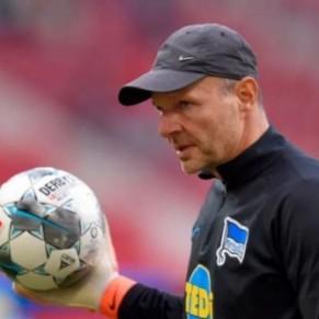 Un entraîneur du Hertha Berlin limogé pour des propos homophobes - Allemagne / Foot
