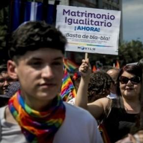 Le Sénat approuve le mariage pour tous, retour à l'Assemblée - Chili