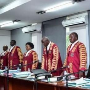 La Cour constitutionnelle abroge la très controversée loi anti-pornographie