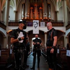Soirée cuir et cordes dans une église de Berlin - Folsom Europe