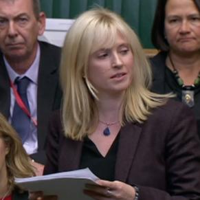Menacée par des des militants trans, une députée travailliste renonce à participer au congrès de son parti  - Grande-Bretagne