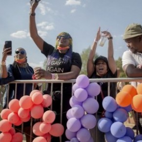 Joyeuse marche des fiertés LGBT à Soweto, lieu symbole du combat antiapartheid - Afrique du Sud